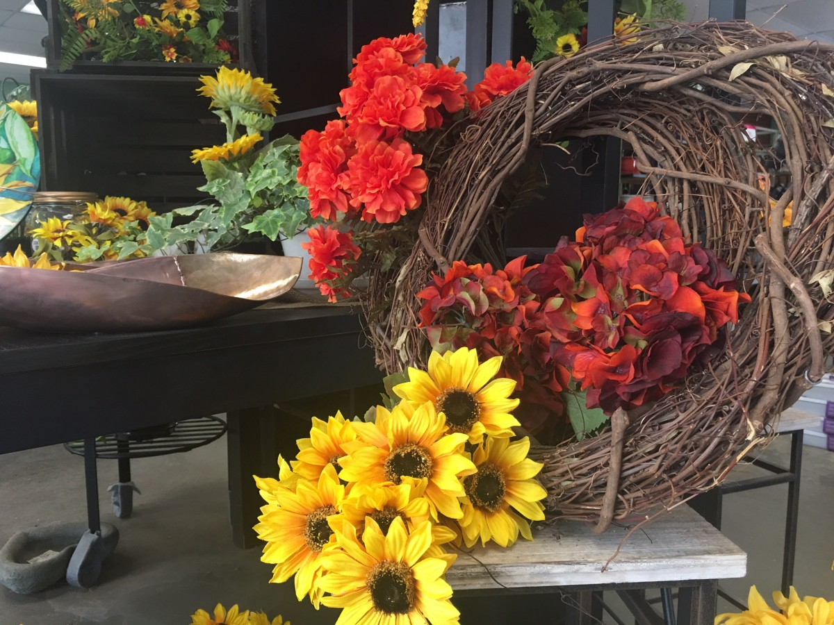 Fall Wreath Decorating @ Nunan Florist & Greenhouses